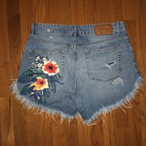 Zara cut up floral butt detailed shorts